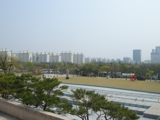 Daejeon: much like any other Korean city