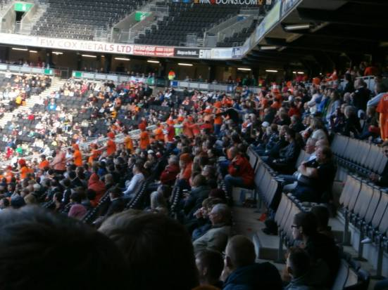 MK fans and their orange conga