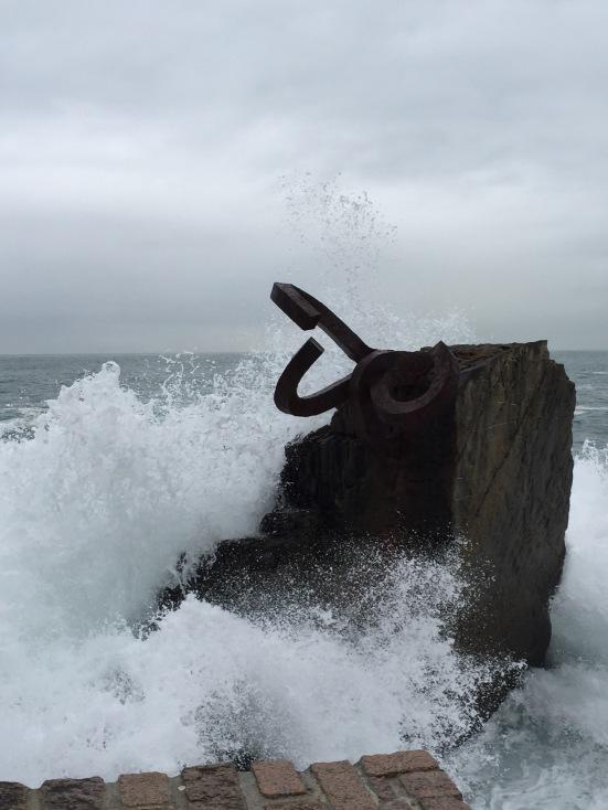 Waves lash Peine del Viento
