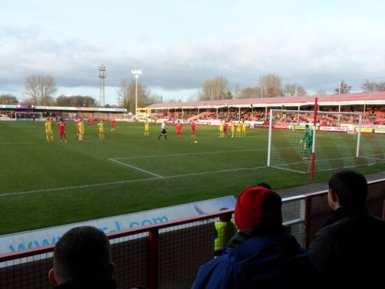 McLeod steps up to put Crawley 1-0 up.