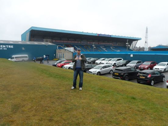Double thumbs up for a rainy Brunton Park.