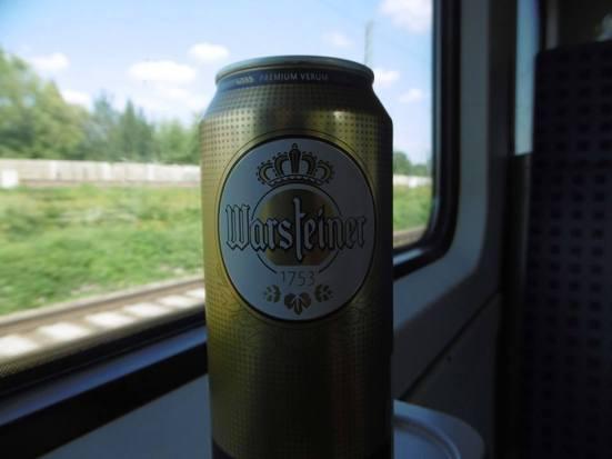 Warsteiner auf den Zug.